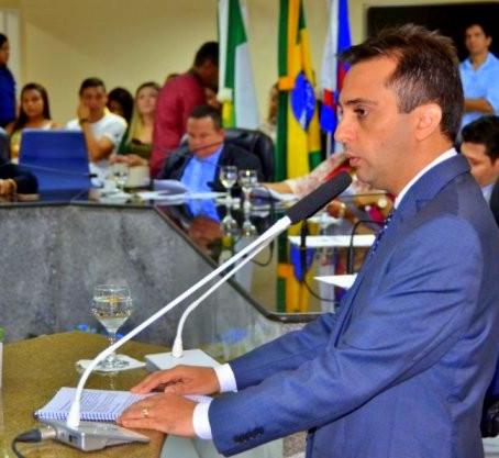PREFEITO ADRIANO DIÓGENES PRESTA CONTAS E APRESENTA METAS PARA 2020,