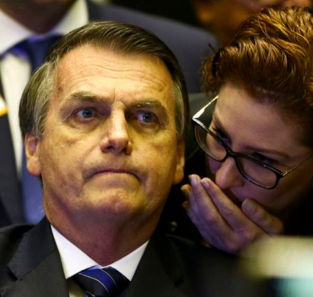 CARLA ZAMBELLI ANTECIPOU QUE HAVERIA OPERAÇÕES DA PF CONTRA GOVERNOS