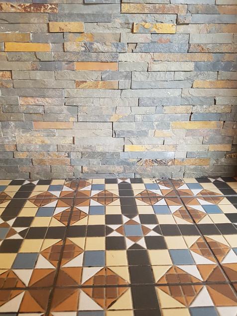 bar and tiles