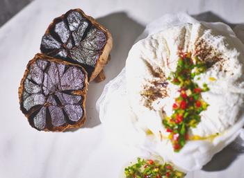 Garlicious Grown Black Garlic