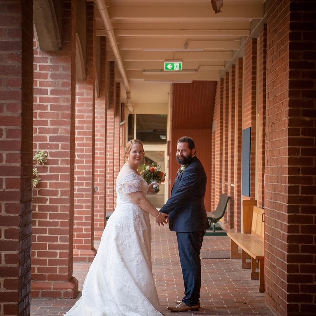 Custom sleeve for wedding dress