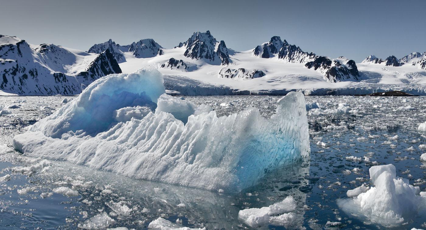 01_-_lilliehook_glacier,_spitsbergen_224