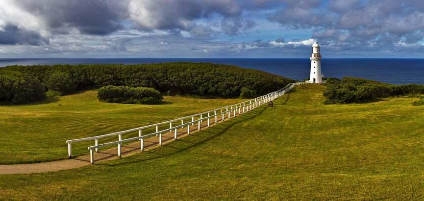 3_-_86x181_cape_otway_lighthouse_z2b6136