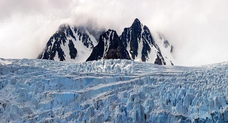 131_x_71_cm_monaco_glacier,_svalbard_0m4