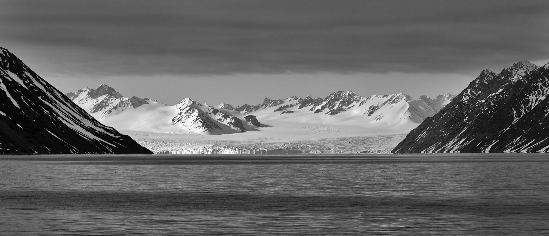 lilliehook_glacier_224a8328-224a8332_201