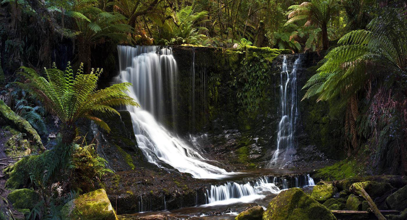 07_-_horseshoe_falls,_tasmania_z2b7248-_