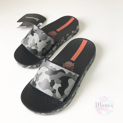 Camo Sliders - Black