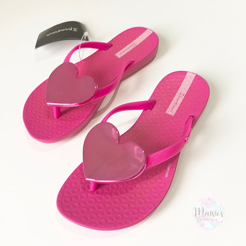 Maxi Heart Flip Flops - Pink