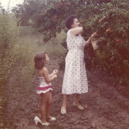 Growing Up With Yiayia in an Ethnic Family