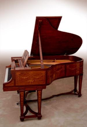 piano1_300w.jpg