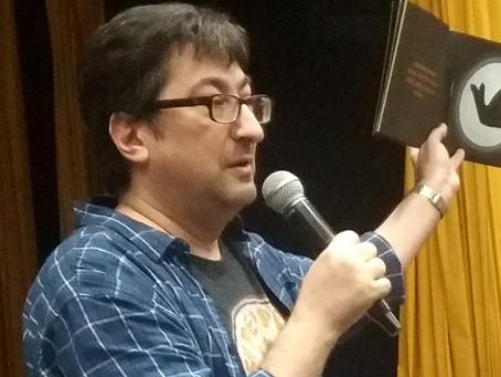 Alex Gomes nos conta sobre a sua trajetória na literatura