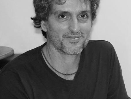"""Mario Ferraro diz """"Ópera é um gênero bastante flexível, ao ponto de se adaptar a quaisquer modelos"""""""