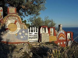 Mausoleo cerisola.jpg