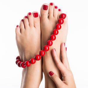 Manucure vernis rouge pied + mains.jpg