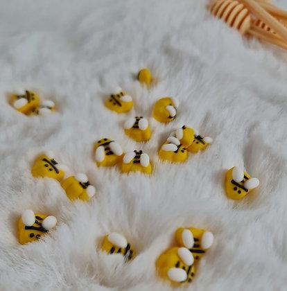 100 סוכריות דבורה קטנטנות
