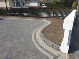 curved-driveway-dorset