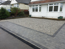 gravel-and-block-paving-driveway.jpg