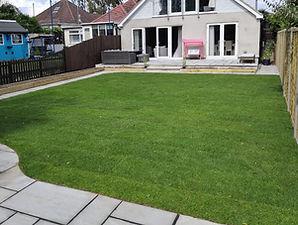 artificial-grass-patio