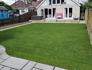artificial-grass-patio