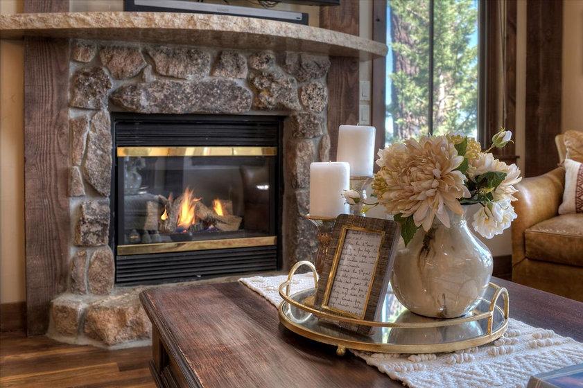 18-GR-Fireplace.jpg