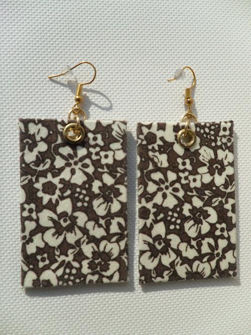 Brinco Acartonado - Florido marrom