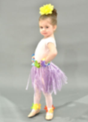 TINY DANCERS_Charlie.JPG