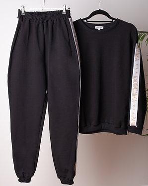 Spodnie oversize black_live