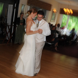 Bride-Groom-First-Dance.jpg