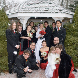 Winter-Wedding-Party.jpg
