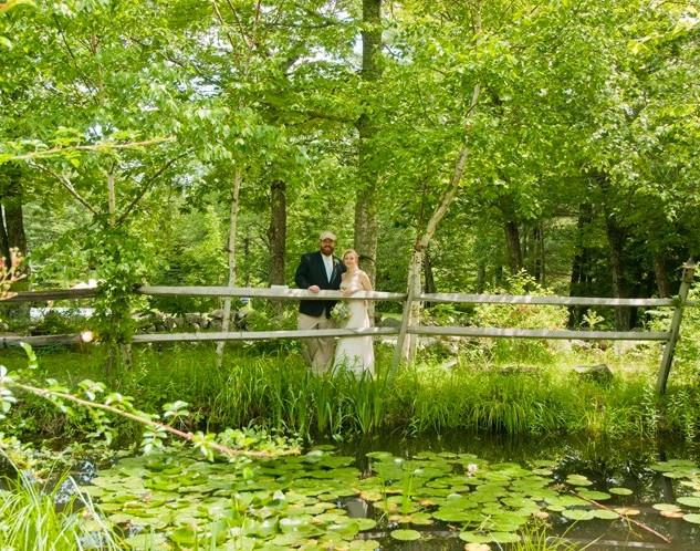 Wedding-Couple-Fence.jpg