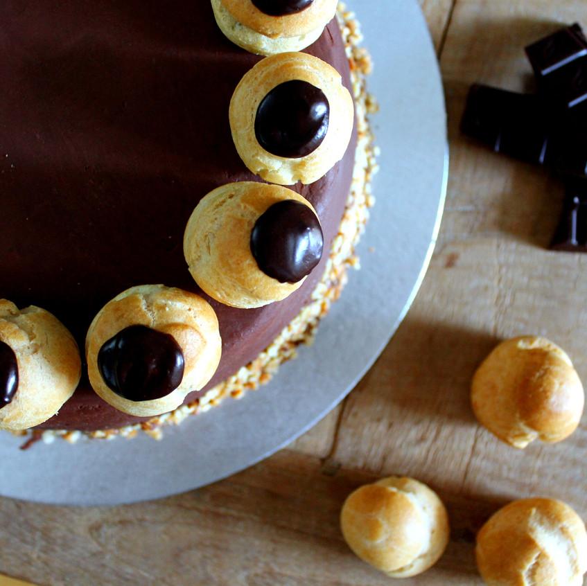 Chocolate choux cake