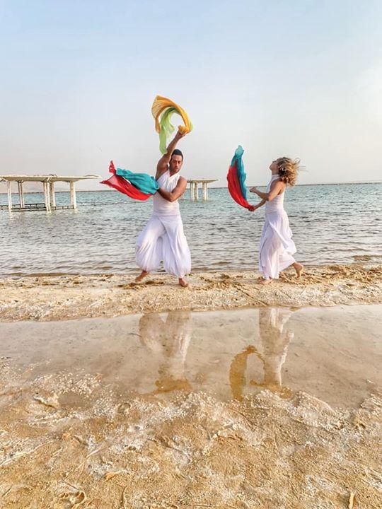 בשילוב רקדנים מודלים לסדנת צילום בנייד לכנס מנהלים- 50 איש