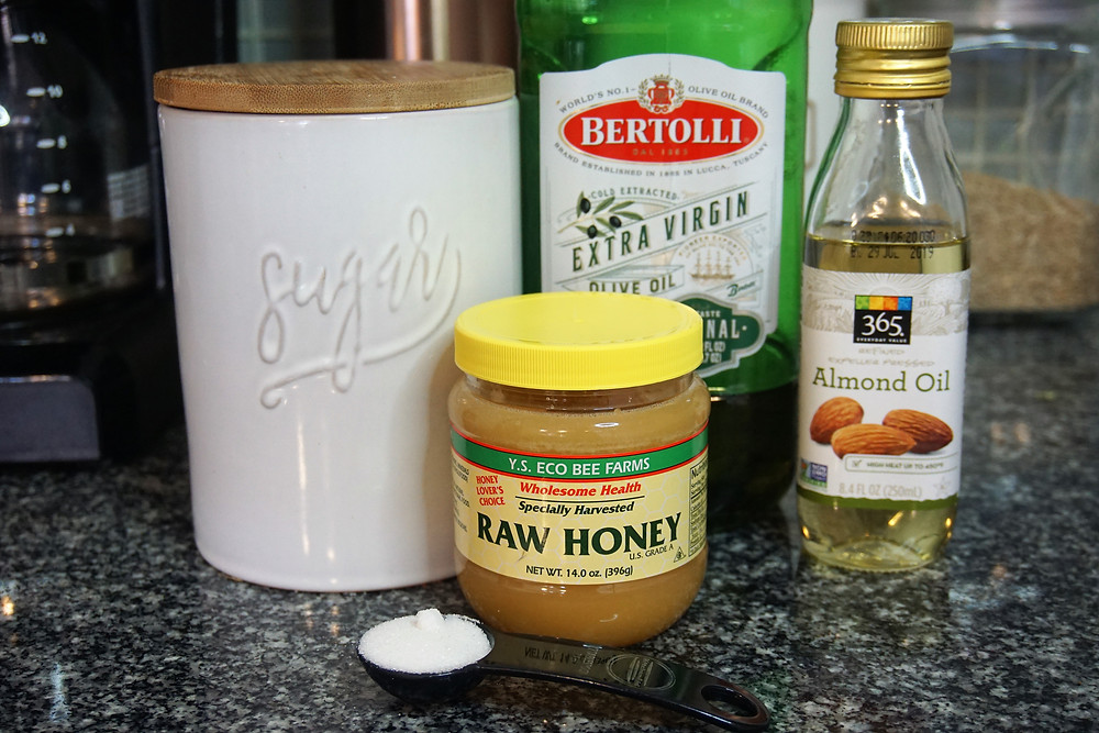 Raw honey and sugar scrub ingredients