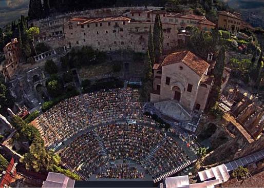 Invito a Teatro con William Shakespeare & Tenuta Santa Maria Valverde
