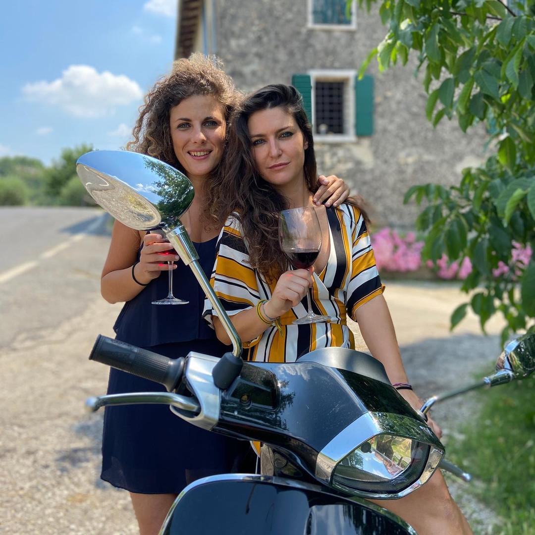 Wine-girls on Vespa