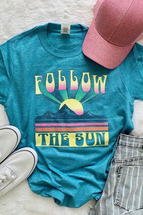 Follow the Sun Graphic Tee