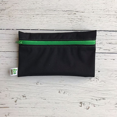 Reusable Snack Bag - Black & Green Zipper