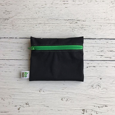 Reusable Mini Snack Bag - Black & Green Zipper
