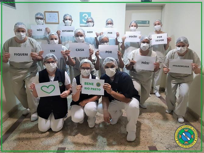 Profissionais da Bene Rio Preto reforçam campanha mundial #ficaemcasa