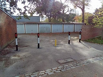 removable posts with a telescopic bollard