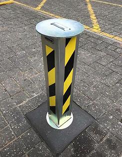 telescopic post