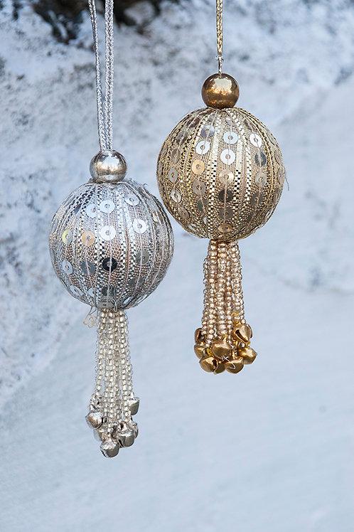 3420 -  Christmas Balls