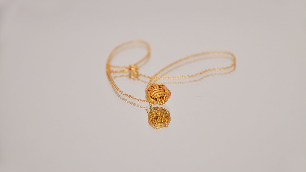 """""""Golden Knot Necklace"""""""