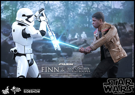HOT TOYS STAR WARS THE FORCE AWAKENS FINN AND RIOT CONTROL STORMTROOPER SET