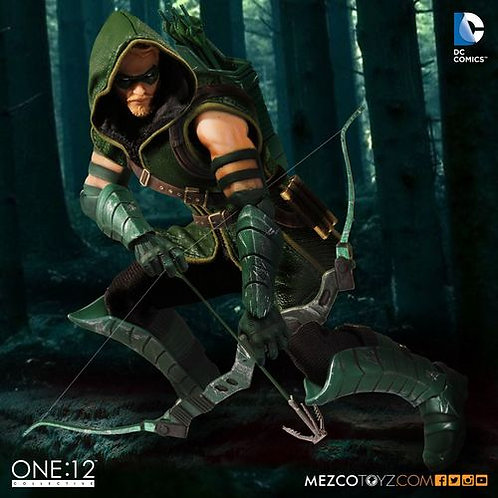 MEZCO TOYZ ONE:12 DC GREEN ARROW