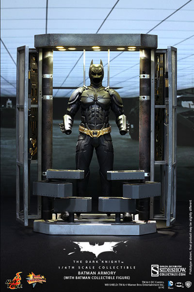 HOT TOYS BATMAN THE DARK KNIGHT RISES ARMORY WITH BATSUIT