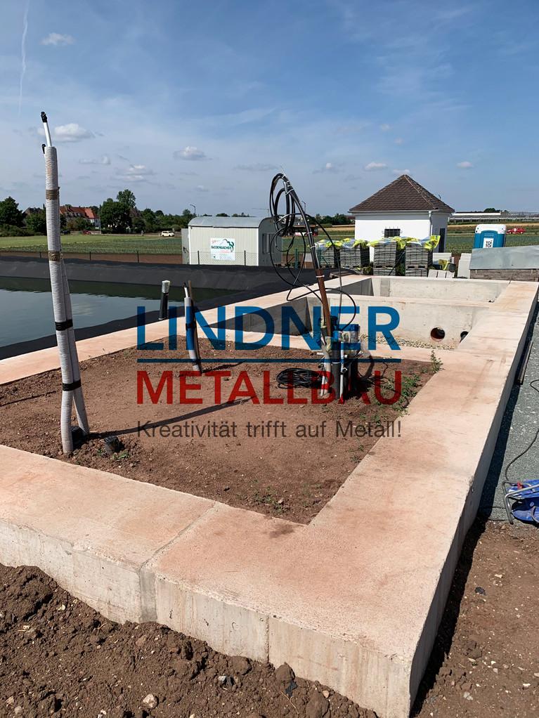 Errichtung Badehaus mit Terrasse