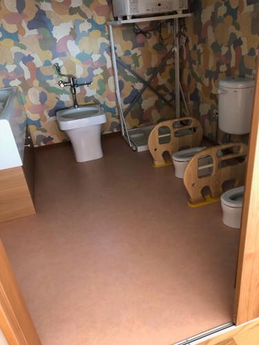 乳児用トイレ