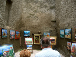 courtyard gallery_w.jpg