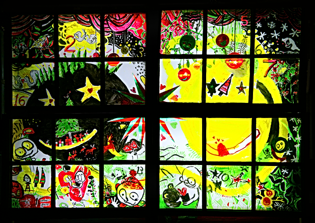 Alternative Christmas window display image